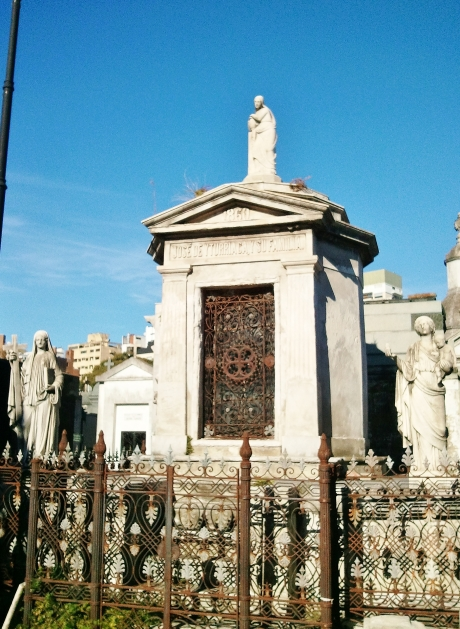 Family tomb of de Alzaga and de Yturriaca