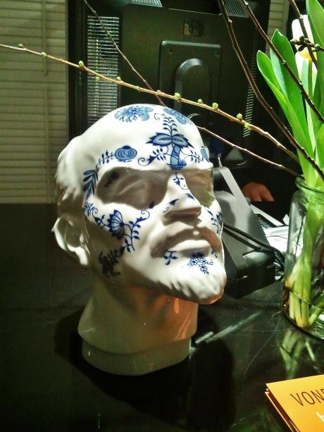 Modern Delft blue ceramic by Maxim Velčovský