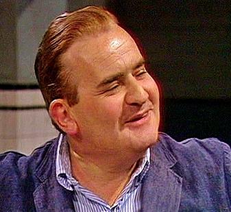 British comedian - looks a lot like him, não é?